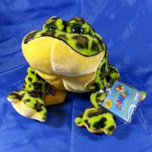 GANZ Webkinz Bullfrog Plush Stuffed Animal HM114 Original Tag Sealed Code JAN 07