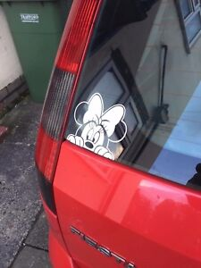 Minnie Mouse Peek DISNEY DECAL STICKER CAR WINDOW