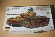 Otaki German Panzerwagen III Tank   1:35 Motorized 1970 model kit   Sealed Bags