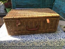 Optima vintage Picnic Basket for 4 never been used