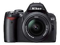 Nikon D40 6.1MP DSLR Digital Camera w/AF-S 18-55mm f/3.5-5.6G II Lens