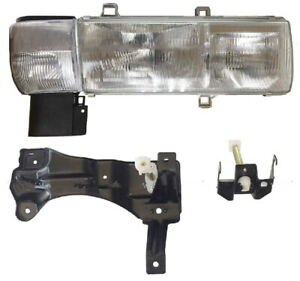 New Passenger Side Headlight Corner Light FOR 1999-2010 Nissan Truck UD 3300