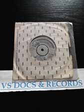VINYLE 45 T GARY GLITTER IT'S NOT A LOT / REMEMBER ME THIS WAY 1974