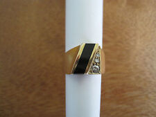 #151 mans 14K gold black jade 3 diamond ring