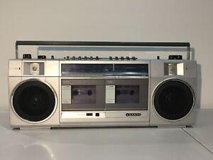 Sanyo Boom Box Dual Cassette Boom Box
