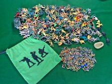 Army Men + Mini Army Men toy soldiers Figures Bulk Bundle + Army Men Bag (2020)