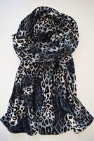 Weicher Leopard Schal, 2 Lagen, Grau, Schwarz, Weiß, kuscheliger Jerseystrick