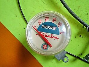 """USED OLD SCHWINN BICYCLE WORKING SPEEDOMETER WITH DAMAGED CABLE FROM 26"""" MODEL"""