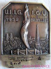 BG5679 - insigne UIIG - IGU BRUXELLES 1952