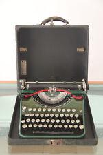 MAQUINA ESCRIBIR UNDERWOOD ANTIGUA USA 1933 - PORTABLE CON FUNDA 32x30x14,5
