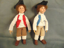 2 Vintage Kindles Colonial men dolls moveable arms legs hand sewn clothes play