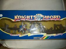 SET OF 54MM BRITAINS DEETAIL KNIGHTS AND ARTILLERY