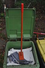 Müllstampfer - Stampfer - Betonstampfer - Handstampfer - Mülltonne - Verdichter