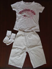 Ensemble Panta-court blanc + T-shirt blanc brodé + Chaussettes Taille 23 mois