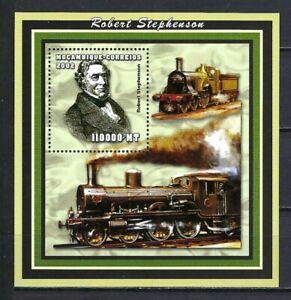 Mozambique 2002 Sc#1646  Robert Stephenson-Trains/Locomotives(2)  MNH S/S $10.50