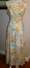 Beautiful Vintage BARAD Floral Long Nylon Nightgown w/ Cream Lace Trim Size M 34