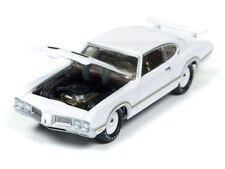 `70 Oldsmobile Cutlass White 1970 *RR* Johnny Lightning Muscle Cars 1:64 OVP