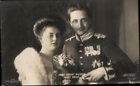 Ansichtskarte PK sw Porträt Prinz August Wilhelm & Braut Liersch ungelaufen Adel