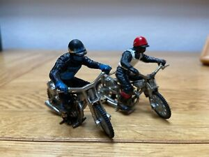Vintage BRITAINS 'SPEEDWAY' Racers & MOTORCYCLES/BIKES. with Riders 1:32