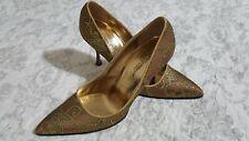 Dolce&Gabbana Women's Gold Metallic Paisley Jacquard Point Toe Pumps SZ 8.5 IT