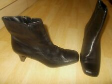 Ladies CLARKS Black Soft Leather Ankle High Boots Heeled - Size UK 6.5