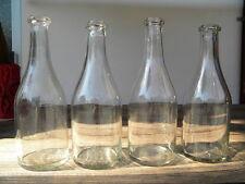 4x FLASCHE ca.1870 mundgeblasen farbloses Glas, verstärkter Ausguss Karaffe
