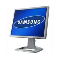 """Samsung SyncMaster 244T 24"""" Widescreen TFT Monitor Display silber ohne Standfuß"""