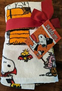 New Peanuts Halloween Costumes Hand Towels Set Pack of 2