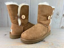 UGG BAILEY BUTTON 5803  CHESTNUT  ORIGINAL REAL SHEEPSKIN LINED  BOOTS US 11 NIB