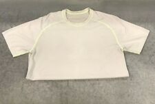 Men's Lululemon Short Sleeve Athletic Workout / Running Gym Shirt Size Unknown