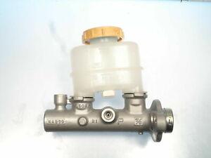 Brake Master Cylinder Fits Nissan 200SX & Sentra   072-9109