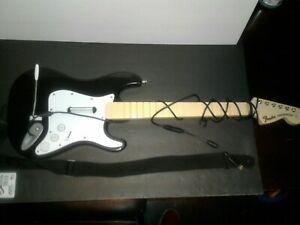 Xbox 360 Fender Stratocaster Wired Rock Band Guitar Hero Controller