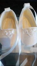 NEW BOXED BABY GIRL EARLY DAYS IVORY CHRISTENING SHOE ROSE AND PEARL DETAILS 0