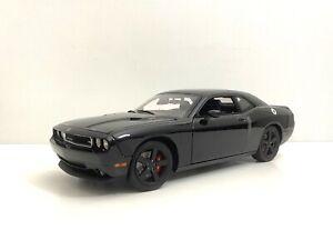 2010 Dodge Challenger SRT8 Black 1/18 Acme / GMP