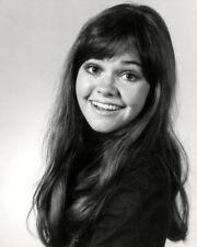 ACTRESS SALLY FIELD - 8X10 PUBLICITY PHOTO (OP-666)