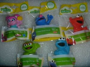 5 Playskool / Hasbro Sesame Street Mini Figurine Toys or  Cake Toppers ~*~NIP