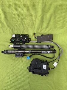 Bmw G30 F90 Automatic Bootlid Opener Electric Boot Struts Locks Spindle 7366404