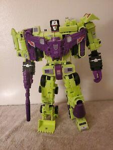 Hasbro Transformers Combiner Wars Titan Class Devastator