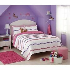 Circo Wave Collection Twin Quilt NIP