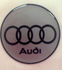Calcomanía de pegatinas insignia de Audi 20mm Negro Anillos En Plata Auto Adhesivo