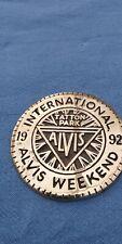 ALVIS INTERNATIONAL BRASS BADGE1992