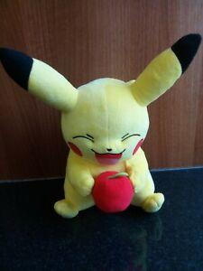 TOMY Pikachu With Apple Kids Plush Soft Toy Pokemon Nintendo - 2015 - VGC