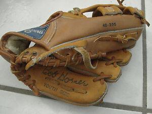 "Spalding Players Series Bob Horner Pro Model Youth 10.5"" Baseball Mitt Glove RHT"