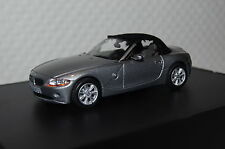 BMW z4 ROADSTER M. Softtop GRIGIO MET. 1:43 Minichamps/BMW NUOVO & OVP 80420392222