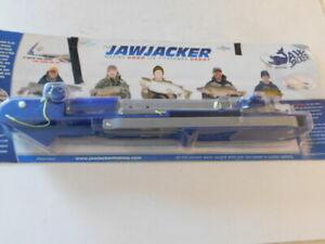 NEW THE JAWKACKER ICE FISHING FISH SETTING HOOK SYSTEM FACTORY SEALED