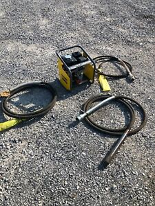 Atlas Copco AMG-3200 Concrete Vibrator With 3 Pokers Vibrator NEW BGF088662