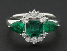 3 Piedra Emerald Anillo Con Diamante Halo En Platino TW 1,68CT hm1912