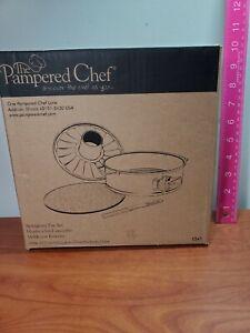 "NEW **Pampered Chef Springform Pan Set #1541 Glass Bottom Nonstick 9"""