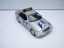 1/18 UT MODELS 26105 MERCEDES BENZ C CLASS AMG SAFETY CAR F1 1997