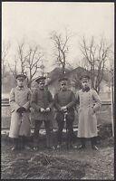 YZ0402 Ufficiali tedeschi con cappotto - Fotografia d'epoca - 1918 old photo